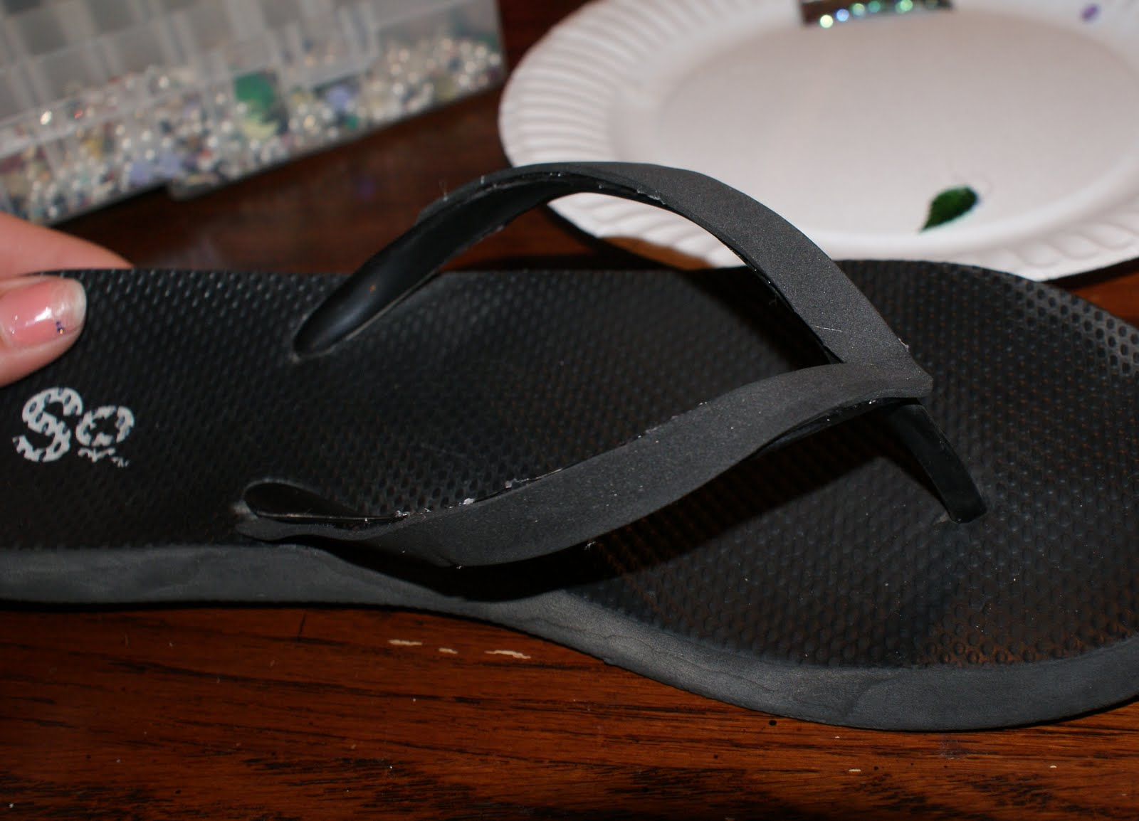 96e202c4469d1 Here you can see the foam is glued onto the strap of the flip flop. Now on  with the beading!