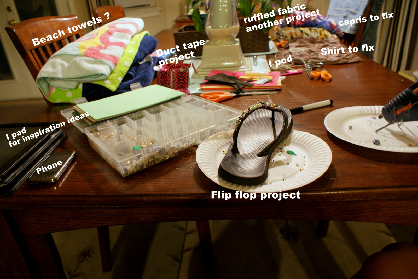 07c98100c9da0 Just thought I would let you guys in on a little secret. I take over our  dining room table with my projects and stuff. It s really bad but this is  how I ...