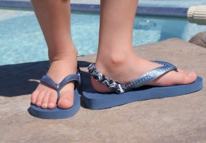 Stretchy Straps for kids flip flops